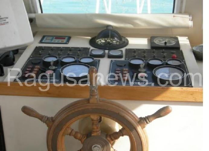 http://www.ragusanews.com//immagini_articoli/12-01-2016/aaa-causa-inutilizzo-vendo-barca-usata-come-nuova-500.jpg