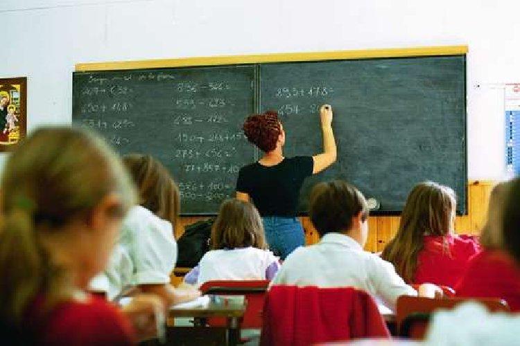 http://www.ragusanews.com//immagini_articoli/12-01-2018/modica-rete-scolastica-sindaco-abbate-chiede-blocco-regione-500.jpg