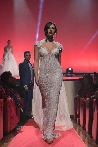 https://www.ragusanews.com//immagini_articoli/12-01-2020/1578829532-mugnieco-e-la-sposa-spettacolo-teatrale-e-storia-matrimonio-in-sicilia-3-500.jpg