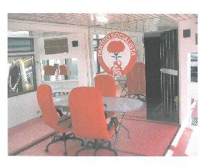 https://www.ragusanews.com//immagini_articoli/12-01-2020/1578847469-hammamet-ma-il-camper-di-craxi-e-stato-messo-in-vendita-1-240.jpg