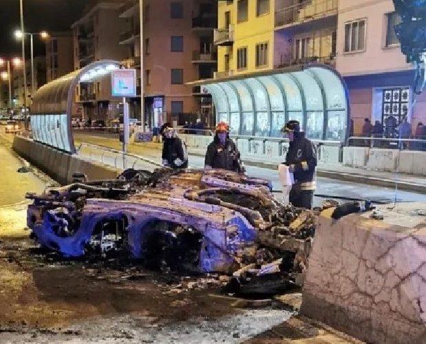 https://www.ragusanews.com//immagini_articoli/12-01-2020/auto-si-capovolge-muore-a-genova-un-ragazzo-siciliano-500.jpg