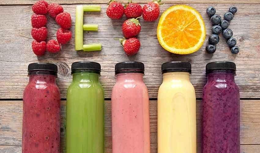 https://www.ragusanews.com//immagini_articoli/12-01-2021/dieta-detox-dei-tre-giorni-per-ripulirsi-500.jpg