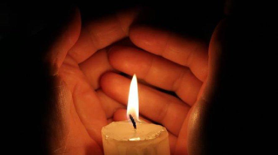 https://www.ragusanews.com//immagini_articoli/12-01-2021/tragedia-comiso-balcone-muore-45enne-500.jpg