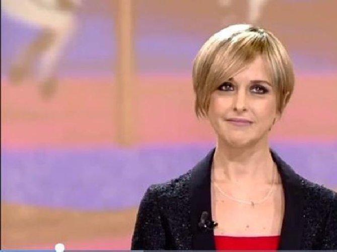 https://www.ragusanews.com//immagini_articoli/12-02-2018/nadia-toffa-iene-avuto-cancro-questa-parrucca-video-500.jpg