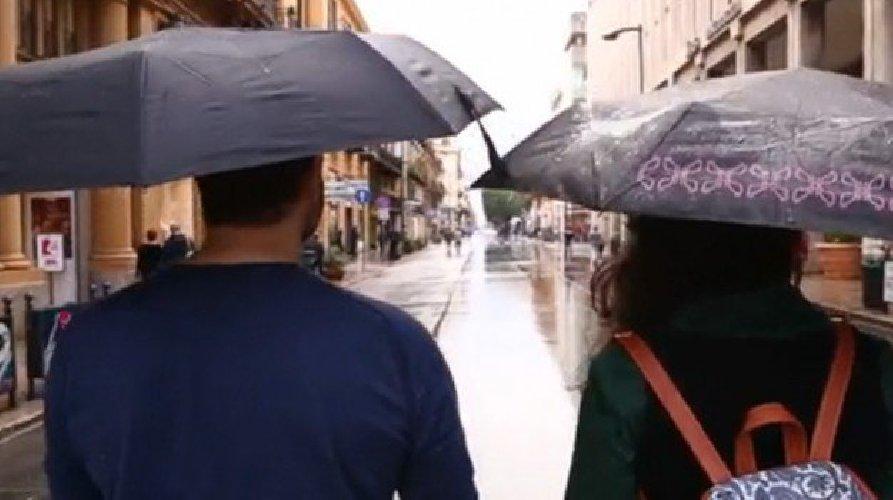 https://www.ragusanews.com//immagini_articoli/12-02-2018/sicilia-attesi-giorni-vento-pioggia-500.jpg