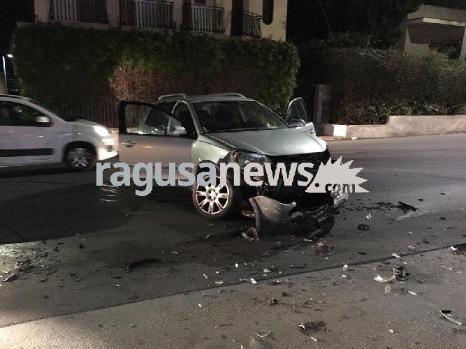 https://www.ragusanews.com//immagini_articoli/12-02-2019/incidente-frontale-risorgimento-modica-500.jpg