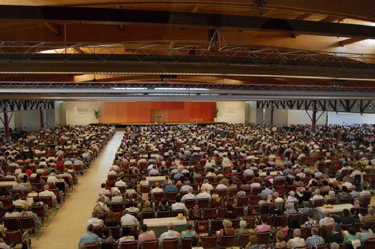 https://www.ragusanews.com//immagini_articoli/12-04-2018/caltanissetta-assemblea-testimoni-geova-500.jpg