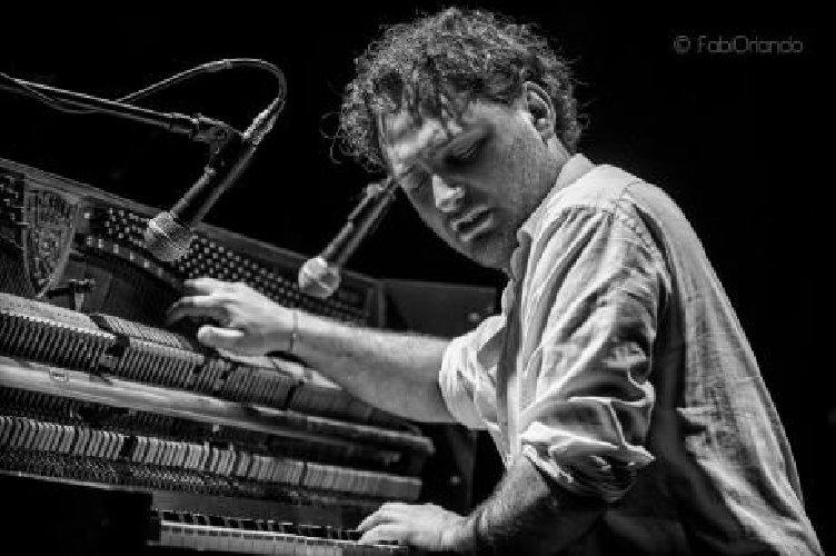https://www.ragusanews.com//immagini_articoli/12-04-2018/danilo-blaiotta-concerto-modica-500.jpg