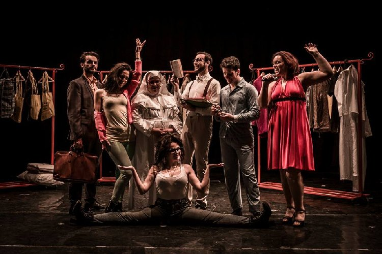 https://www.ragusanews.com//immagini_articoli/12-04-2018/teatro-bosco-ragusa-musical-andersen-solitude-500.jpg