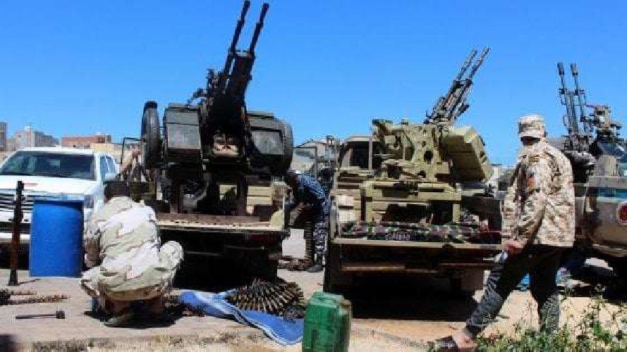 https://www.ragusanews.com//immagini_articoli/12-04-2019/guerra-in-libia-salvini-preparati-all-invasione-sicilia-500.jpg