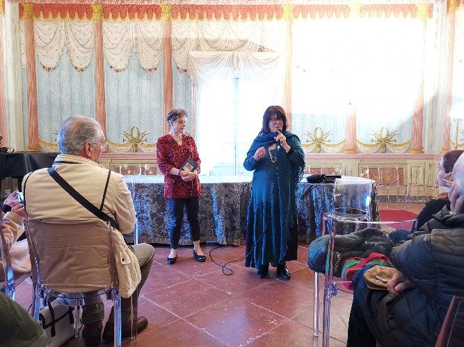 https://www.ragusanews.com//immagini_articoli/12-04-2019/simonetta-agnello-a-noto-domenica-arriva-bonito-oliva-500.jpg