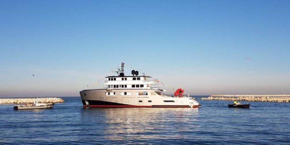 https://www.ragusanews.com//immagini_articoli/12-04-2019/super-yacht-e-arrivato-il-my-audace-di-andrea-merloni-500.jpg