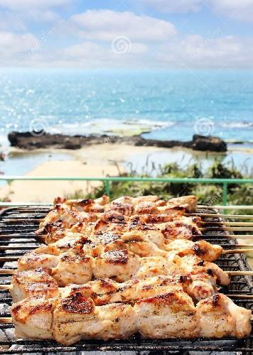 https://www.ragusanews.com//immagini_articoli/12-04-2020/domenica-di-pasqua,-molti-iblei-fuggiti-a-mare,-a-far-barbecue-500.jpg