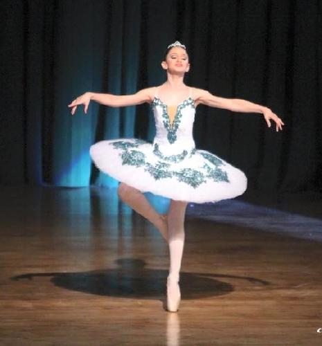 https://www.ragusanews.com//immagini_articoli/12-05-2015/successo-romano-per-progetto-danza-ragusa-500.jpg