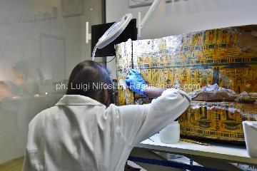 https://www.ragusanews.com//immagini_articoli/12-05-2017/1494619743-sarcofagi-egizi-siracusa-scoperta-straordinaria-1-240.jpg