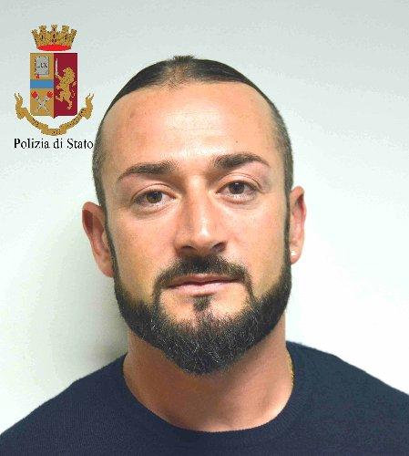 https://www.ragusanews.com//immagini_articoli/12-05-2018/vittoria-arrestato-corriere-droga-500.jpg