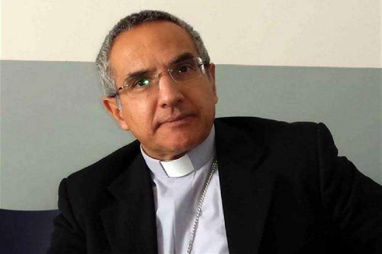 https://www.ragusanews.com//immagini_articoli/12-05-2021/vescovo-gisana-avvocato-famiglia-ragazzo-abusato-ha-chiesto-soldi-500.jpg