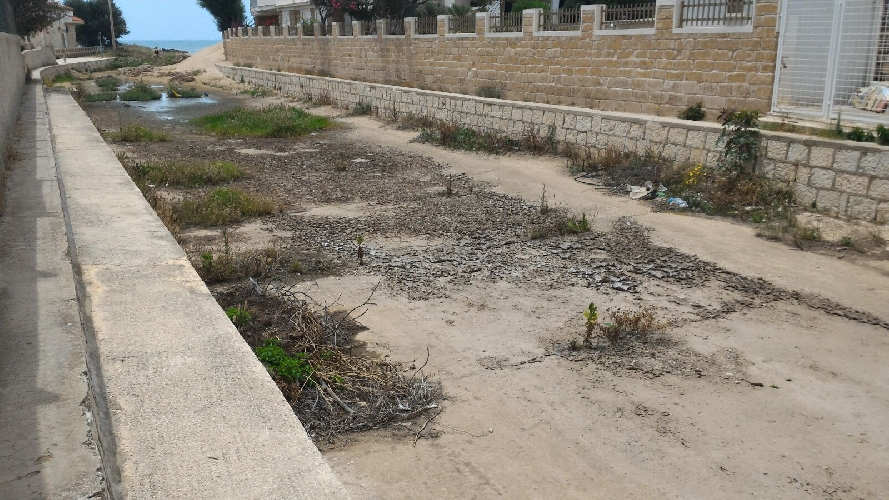 https://www.ragusanews.com//immagini_articoli/12-06-2016/residenti-chiedono-la-pulizia-del-fosso-di-guardia-500.jpg