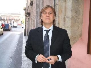 https://www.ragusanews.com//immagini_articoli/12-06-2017/salvatore-pagano-sindaco-monterosso-almo-240.jpg