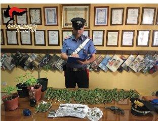https://www.ragusanews.com//immagini_articoli/12-06-2019/acate-aveva-unarma-clandestina-droga-e-refurtiva-in-casa-240.jpg