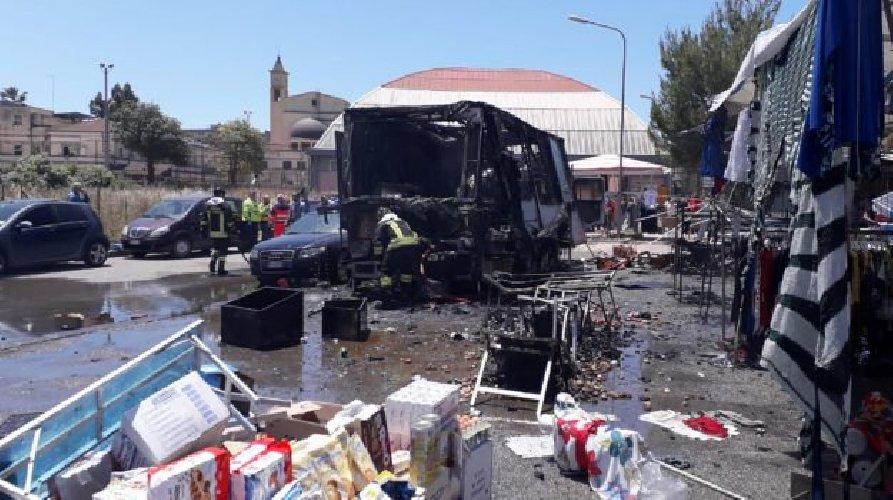 https://www.ragusanews.com//immagini_articoli/12-06-2019/esplosione-fiera-di-gela-dopo-8-giorni-muore-42enne-500.jpg