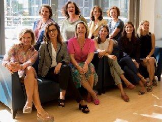 https://www.ragusanews.com//immagini_articoli/12-06-2019/europpe-l-europa-attraverso-il-ritratto-di-dieci-donne-240.jpg