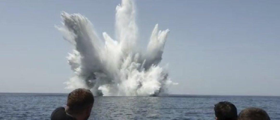 https://www.ragusanews.com//immagini_articoli/12-06-2019/fatta-esplodere-bomba-seconda-guerra-mare-di-portopalo-500.jpg