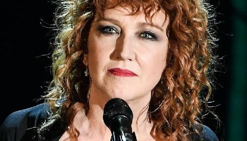 https://www.ragusanews.com//immagini_articoli/12-06-2021/fiorella-mannoia-tre-concerti-in-sicilia-280.jpg