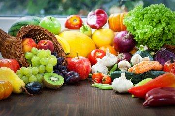 https://www.ragusanews.com//immagini_articoli/12-07-2018/dieta-vegetariana-varie-tipologie-consigli-utili-seguirla-240.jpg