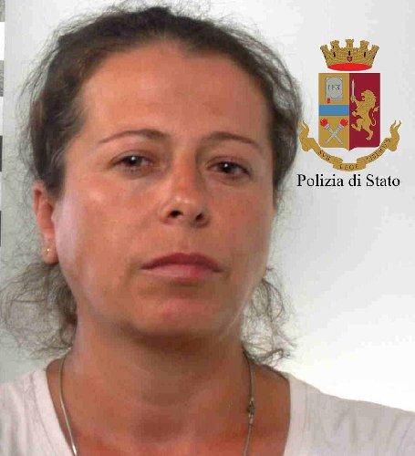 https://www.ragusanews.com//immagini_articoli/12-07-2018/serra-marijuana-mezzo-pomodori-arresti-500.jpg