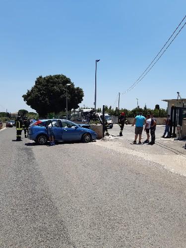 https://www.ragusanews.com//immagini_articoli/12-07-2020/incidente-a-modica-centauro-trasferito-d-urgenza-a-catania-500.jpg