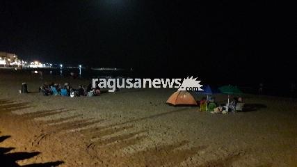 http://www.ragusanews.com//immagini_articoli/12-08-2017/ferragosto-niente-bivacchi-spiaggia-marina-240.jpg