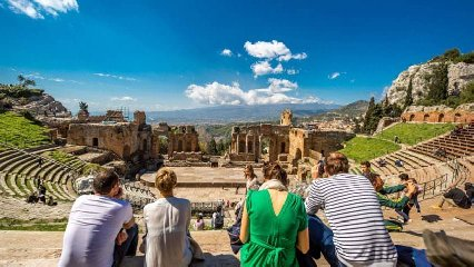 https://www.ragusanews.com//immagini_articoli/12-09-2018/turismo-crescita-sicilia-dice-bankitalia-240.jpg