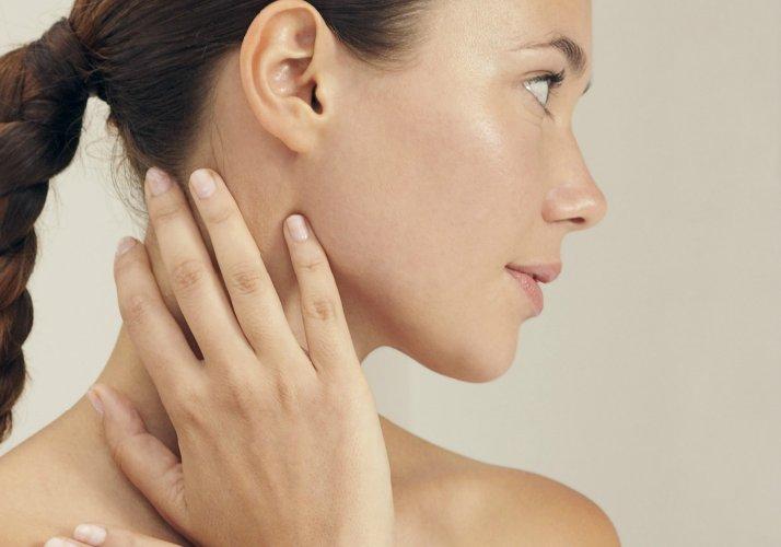 https://www.ragusanews.com//immagini_articoli/12-09-2019/la-dieta-tiroide-per-tenere-controllo-il-peso-500.jpg