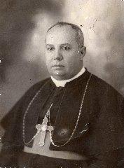 https://www.ragusanews.com//immagini_articoli/12-09-2019/ragusa-monsignor-giovanni-iacono-diventa-santo-240.jpg