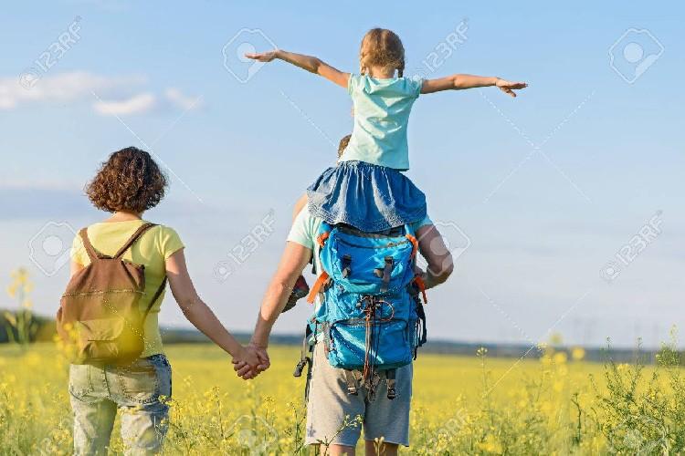 https://www.ragusanews.com//immagini_articoli/12-09-2020/cade-dalle-spalle-dello-zio-e-batte-la-testa-grave-bimba-di-22-mesi-500.jpg