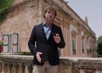 https://www.ragusanews.com//immagini_articoli/12-10-2019/tv-la-puntata-di-ulisse-con-alberto-angela-in-sicilia-il-19-ottobre-240.jpg