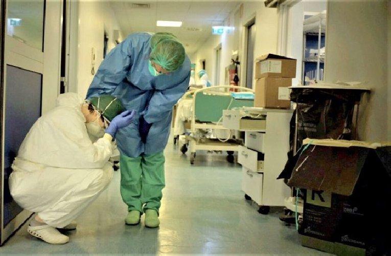 https://www.ragusanews.com//immagini_articoli/12-10-2020/gli-infermieri-adesso-s-arrabbiano-sciopero-nazionale-il-2-novembre-500.jpg