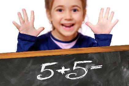 https://www.ragusanews.com//immagini_articoli/12-10-2020/ritorno-a-scuola-la-dieta-per-i-bambini-280.jpg