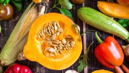 https://www.ragusanews.com//immagini_articoli/12-10-2021/verdura-autunnale-cosa-mangiare-a-60-anni-280.jpg