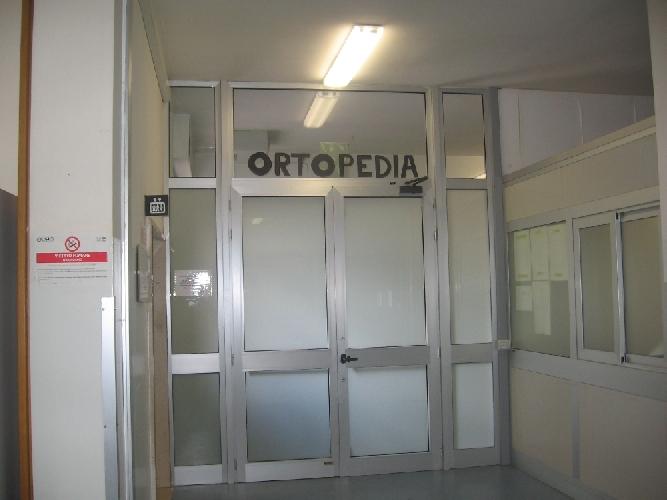 https://www.ragusanews.com//immagini_articoli/12-11-2011/antonio-zisa-sciclitano-nuovo-primario-di-ortopedia-a-modica-500.jpg