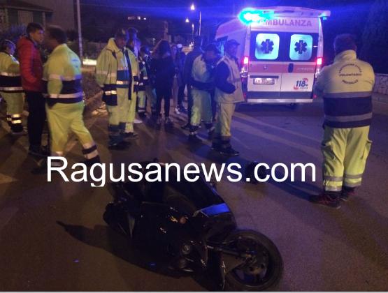 http://www.ragusanews.com//immagini_articoli/12-11-2016/ragazza-18enne-in-moto-si-scontra-con-auto-carabinieri-420.png