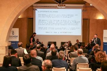 http://www.ragusanews.com//immagini_articoli/12-11-2017/blockchain-criptovalute-workshop-siciliano-ragusa-240.jpg