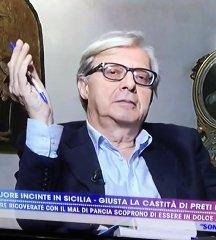 https://www.ragusanews.com//immagini_articoli/12-11-2019/suore-incinte-in-sicilia-sgarbi-lascia-numero-a-suora-che-mi-chiamo-240.jpg