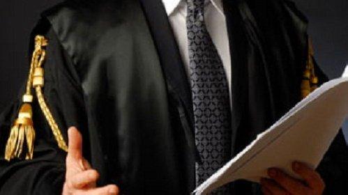 https://www.ragusanews.com//immagini_articoli/12-11-2020/avvocato-catanese-evde-il-fisco-per-150-mila-euro-280.jpg