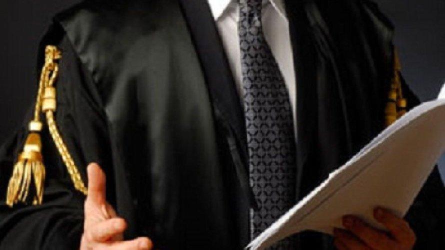 https://www.ragusanews.com//immagini_articoli/12-11-2020/avvocato-catanese-evde-il-fisco-per-150-mila-euro-500.jpg