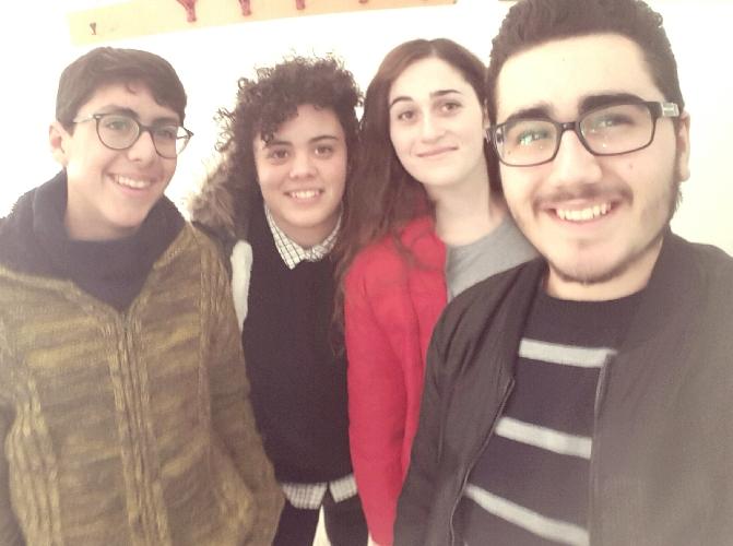 http://www.ragusanews.com//immagini_articoli/12-12-2015/liceali-il-nostro-selfie-su-scicli-500.jpg