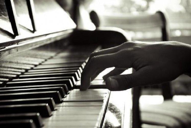 http://www.ragusanews.com//immagini_articoli/12-12-2017/modica-concerto-pianoforte-clarinetto-500.jpg
