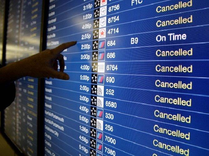 https://www.ragusanews.com//immagini_articoli/12-12-2019/i-voli-cancellati-il-13-dicembre-in-sicilia-500.jpg