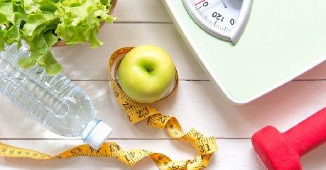 https://www.ragusanews.com//immagini_articoli/12-12-2019/la-dieta-lampo-dei-cinque-giorni-per-ritornare-in-forma-240.jpg